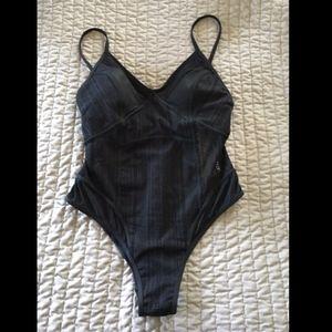 NWT Afriel &Tabbris Australia Cate Sexy Swimsuit 6